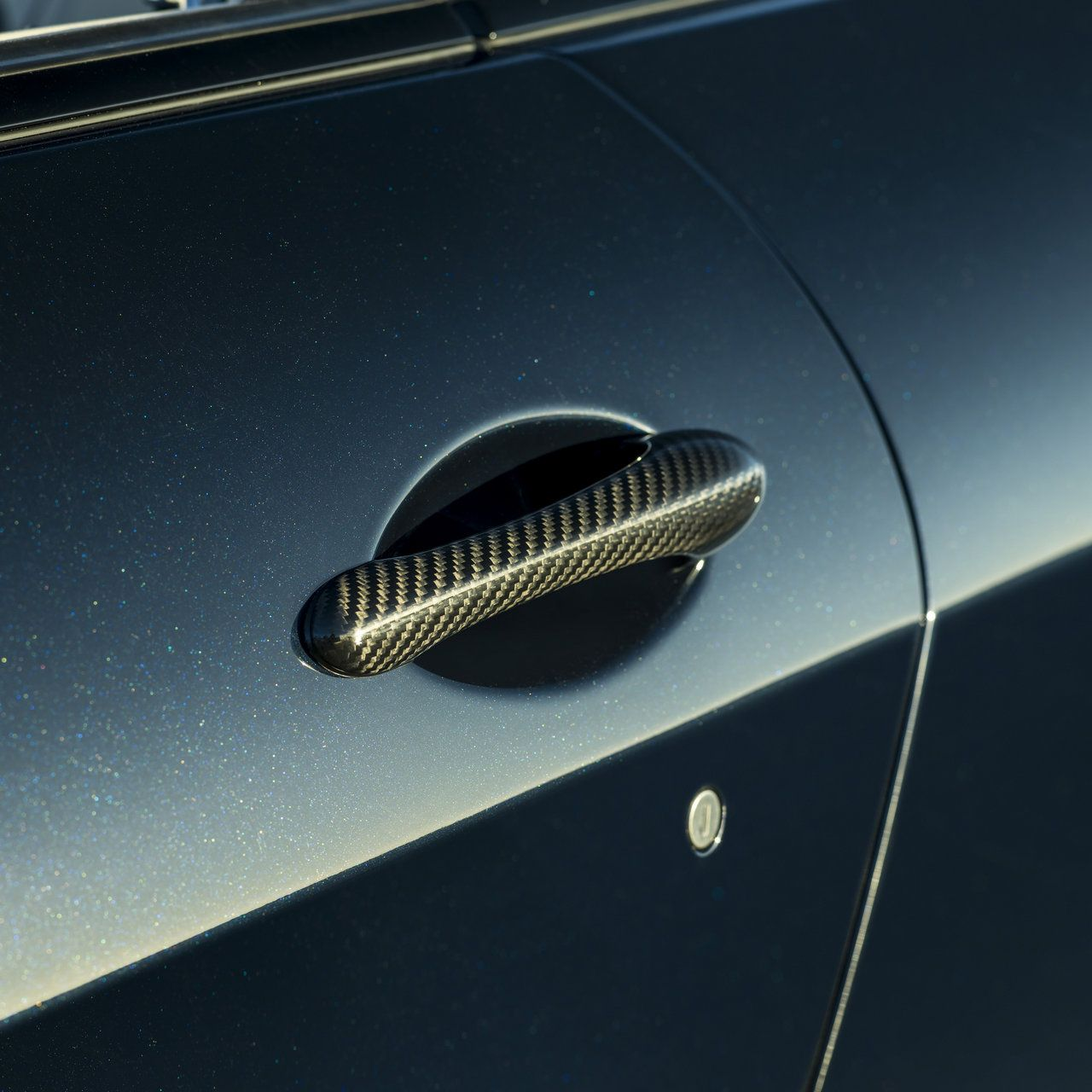 Maserati GranCabrio - car door handle in detail