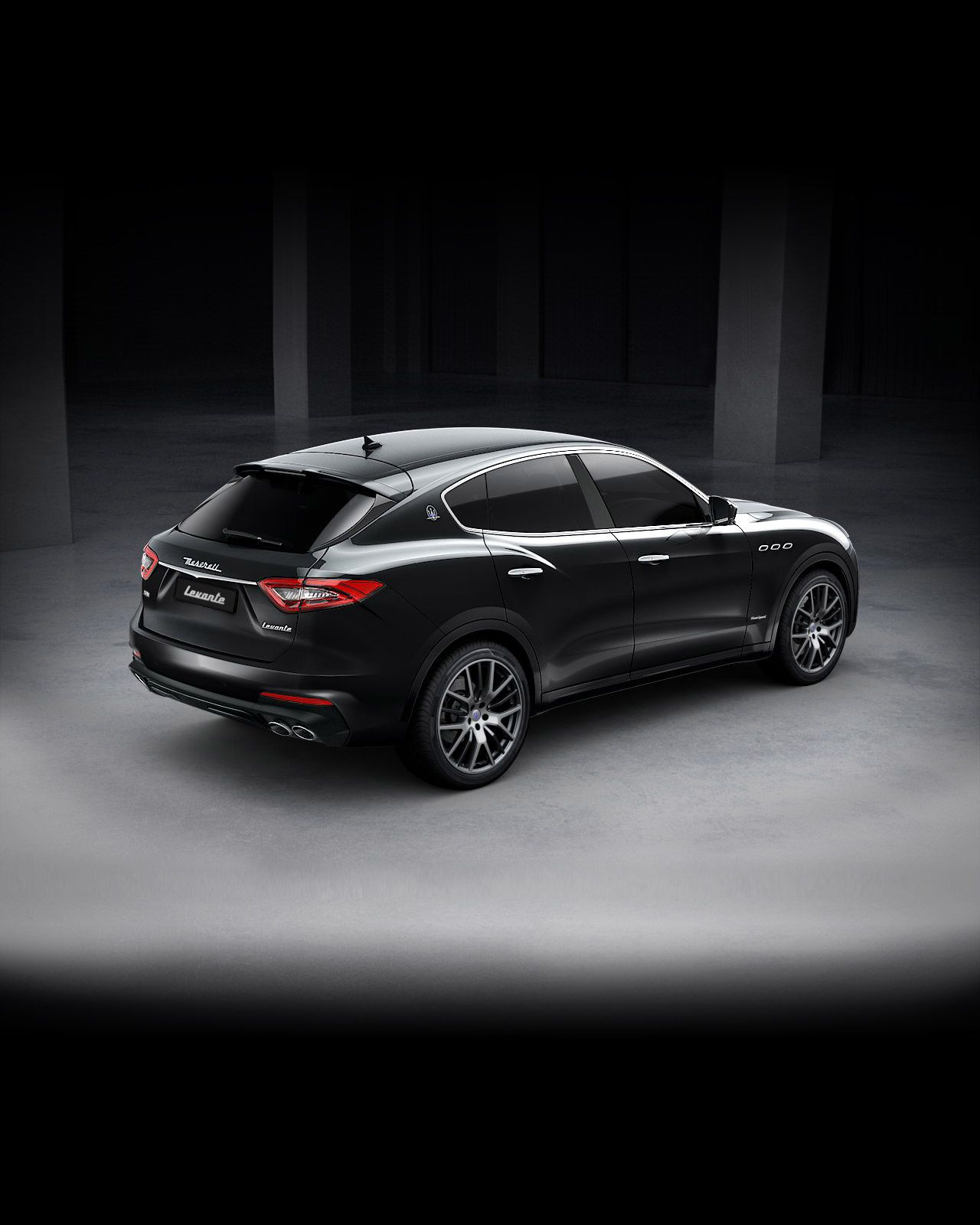 Maserati Levante GranSport exterior – back view