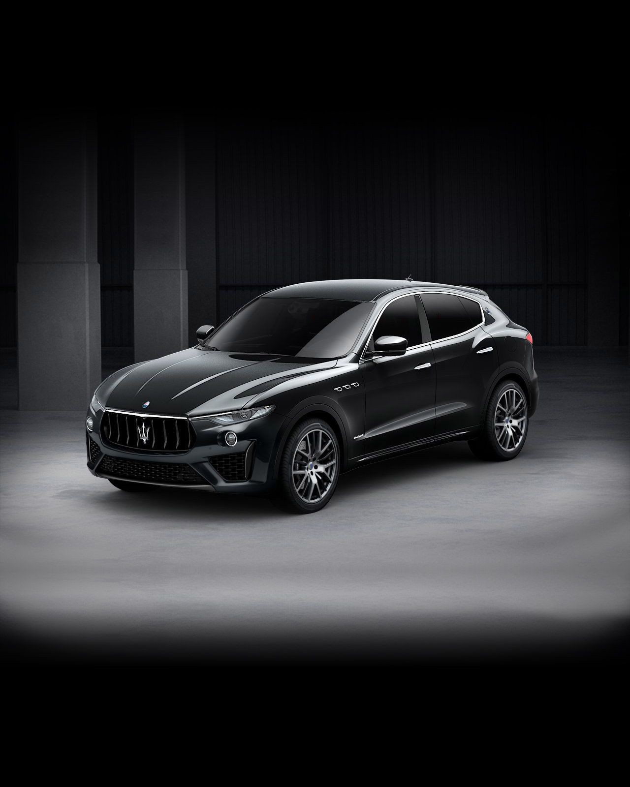 Maserati Levante GranSport exterior – front view