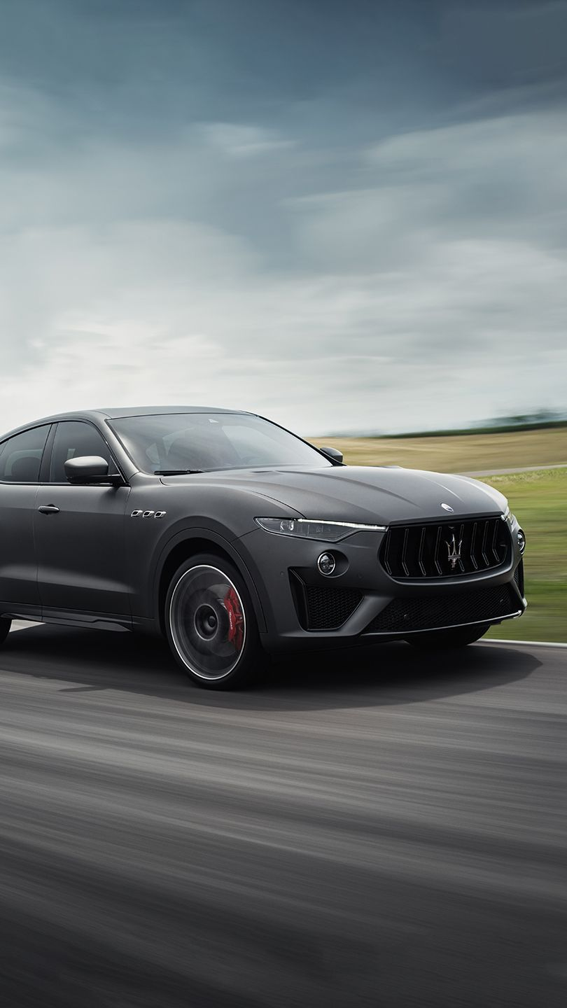 Maserati Levante Vulcano racing on track - Maserati Complete Wheels