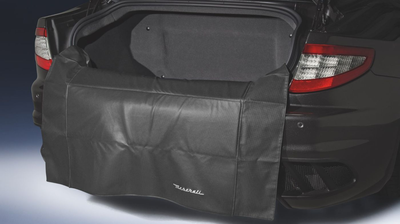 Maserati GranCabrio accessories - luggage mat