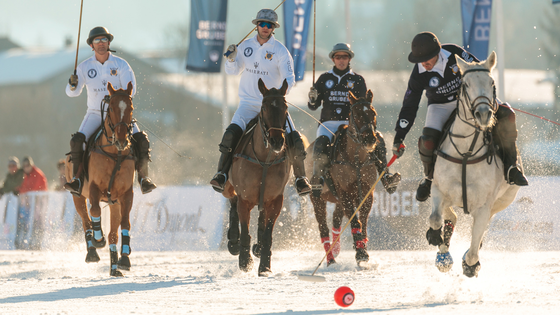 Maserati Sponsor des Snow Polo World Cup 2019