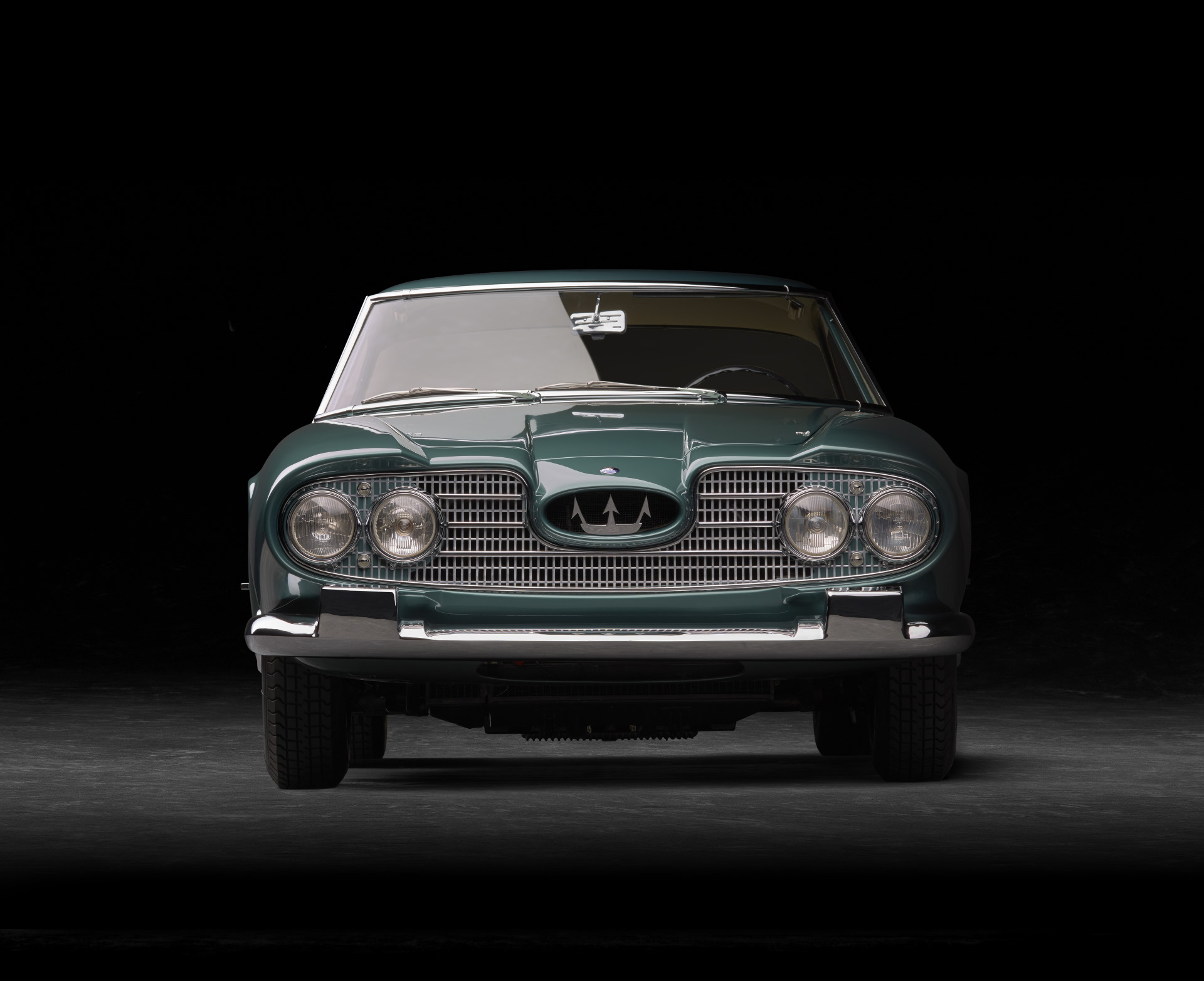 60th anniversary of the Maserati 5000 GT model - 5000 GT coupé front view